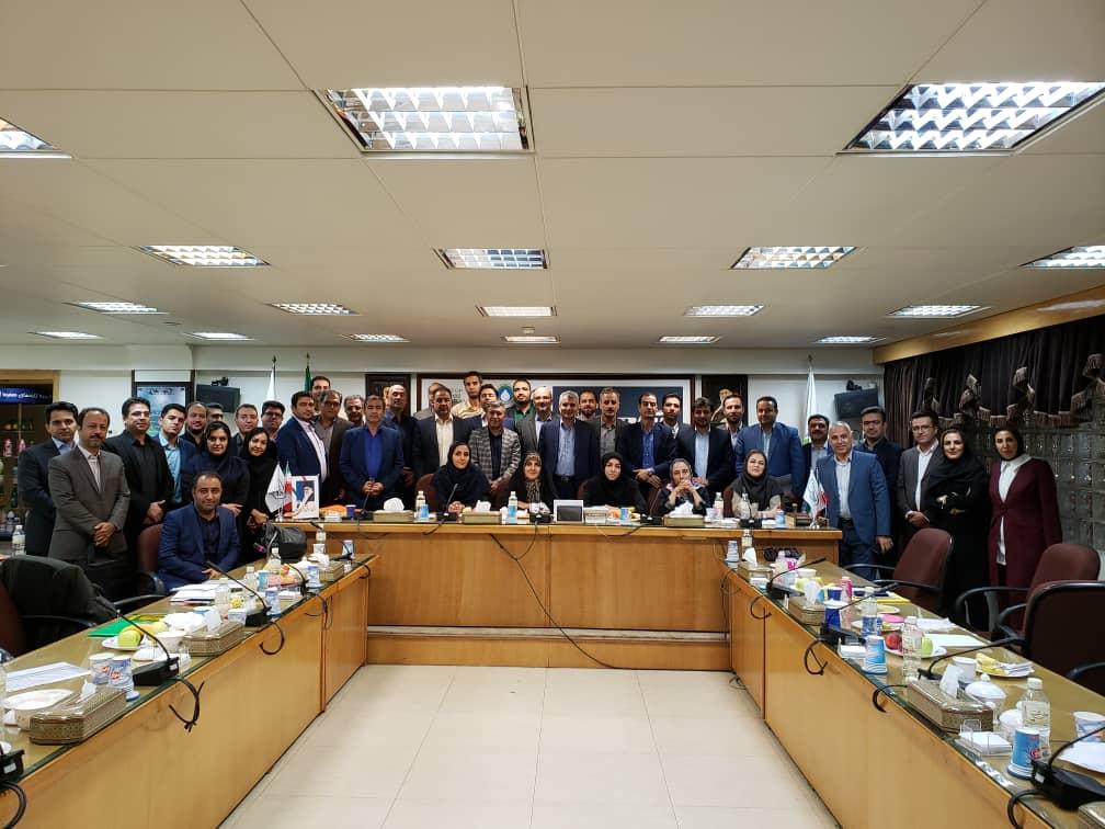 گردهمایی هم اندیشی مدیران عامل و مدیران بازرگانی و صادرات شرکتهای گروه صنایع شیر ایران